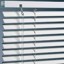 horizontal blind